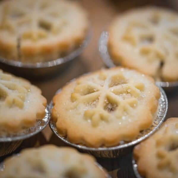 Boozy mince pies: let the Christmas fun be-gin