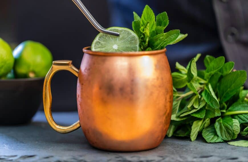 Gin-Gin Mule: a gin cocktail with a kick!