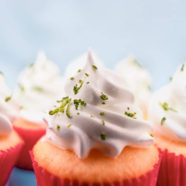 Gin and Tonic cupcakes: sweet dreams are made of this!